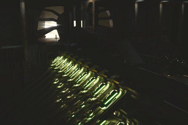 3D Visualisierung SciFi/Fantasy: Rad-Männchen steht in Tür von Raumschiff zu Kammer mit vielen Schlafkapseln, fotorealistisch